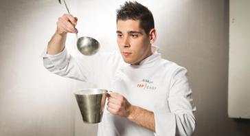 Borja Aldea (23 años) Jefe de I+D de Etxanobe 1* Michelin. Bilbao.